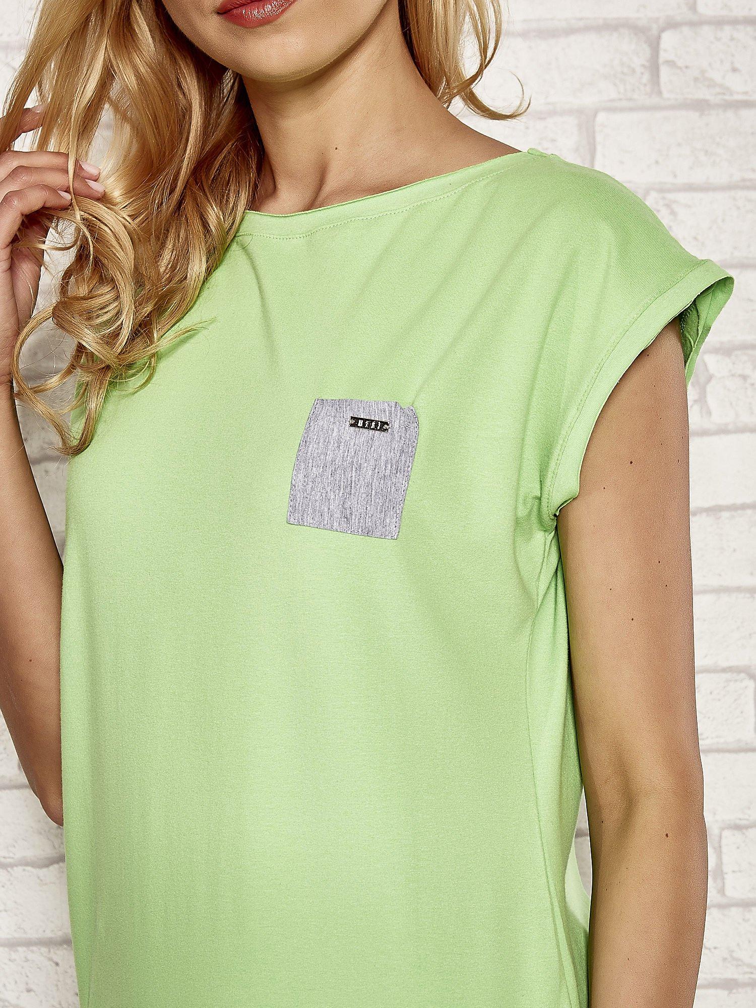 Zielona dresowa sukienka tenisowa z kieszonką                                  zdj.                                  5