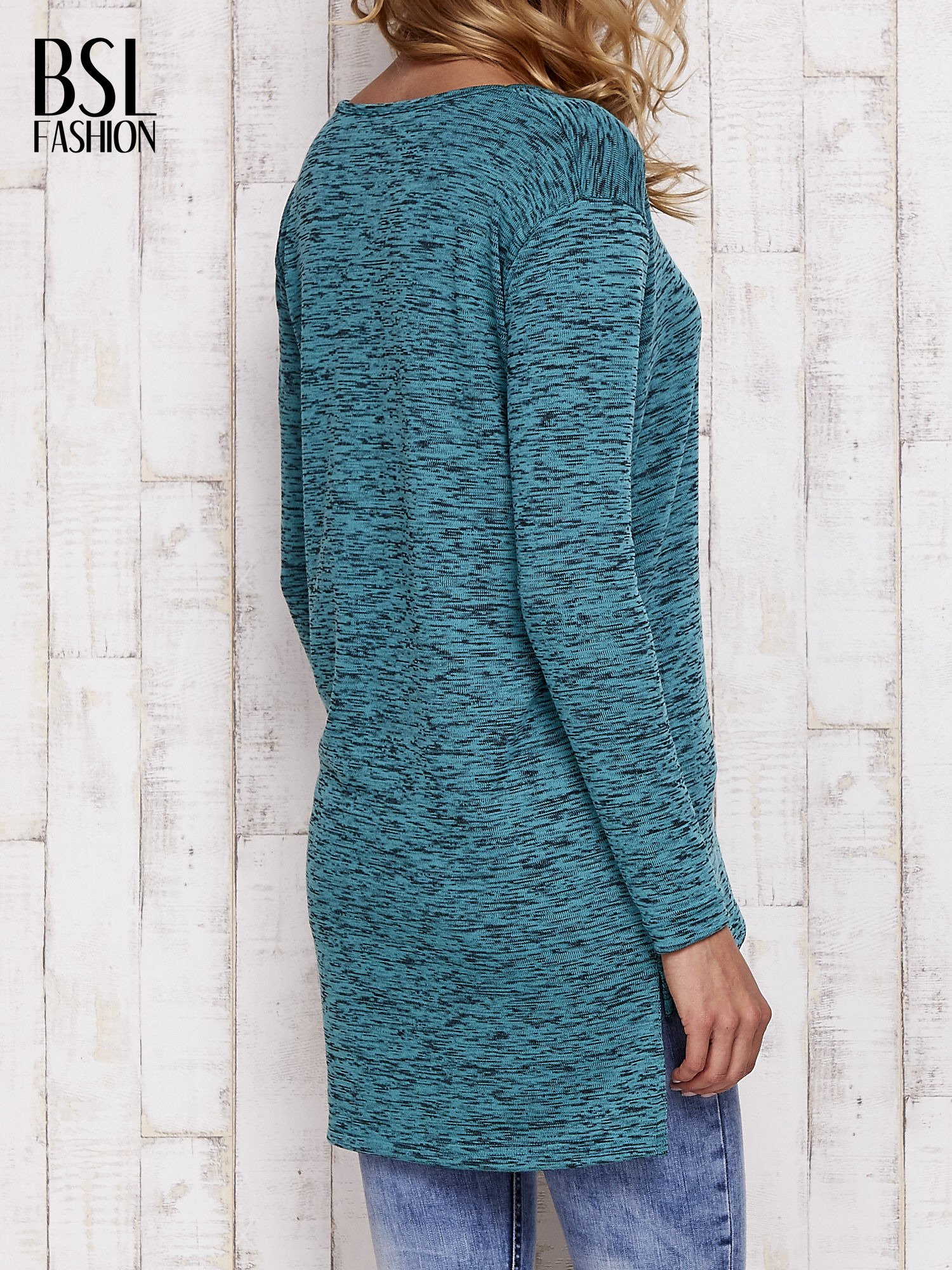 Zielona melanżowa bluzka z przedłużanym tyłem                                  zdj.                                  5