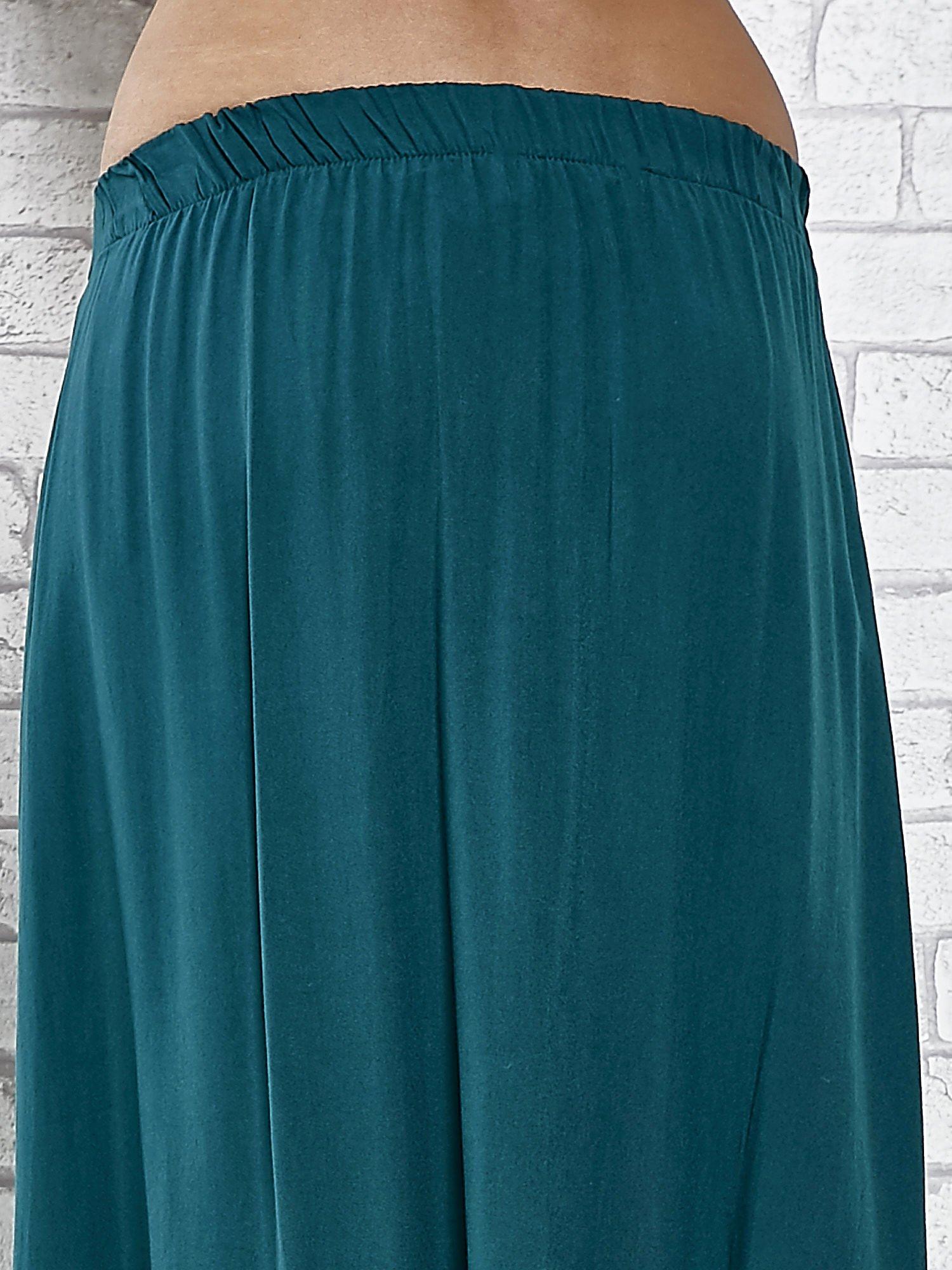 Zielona spódnica maxi z rozporkami z przodu                                  zdj.                                  7