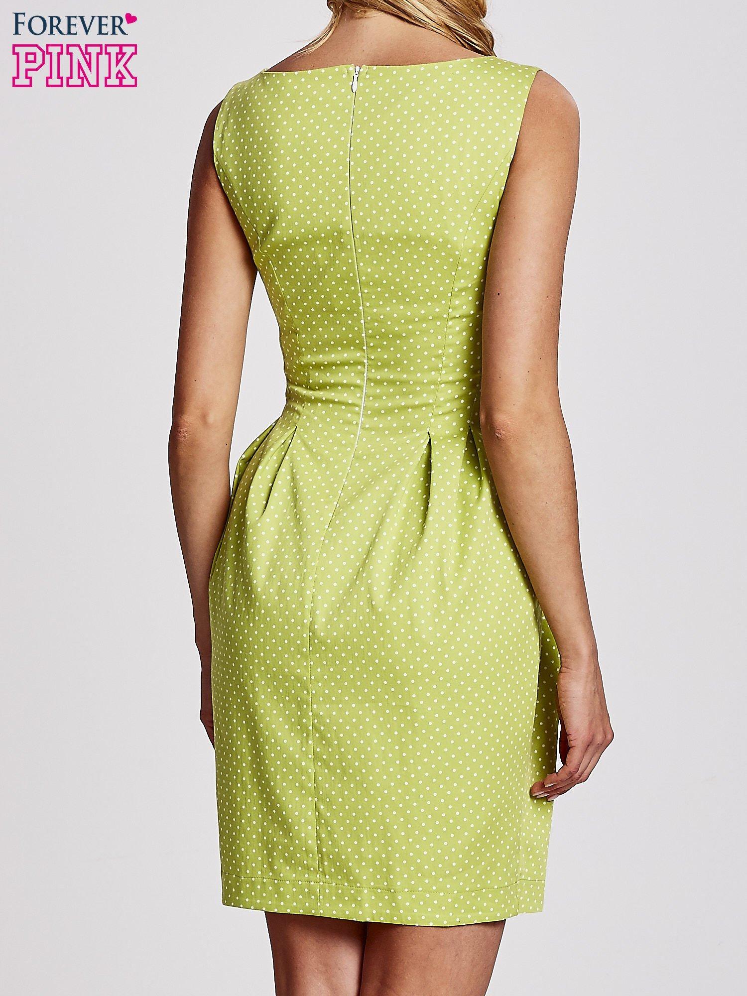 Zielona sukienka w groszki z zakładkami                                  zdj.                                  4