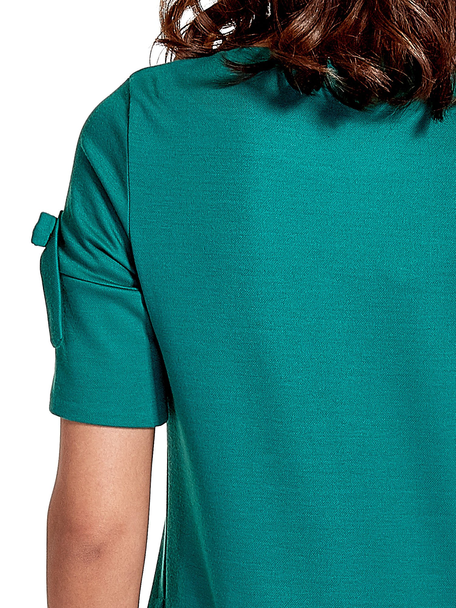 Zielona sukienka z kokardkami                                  zdj.                                  7