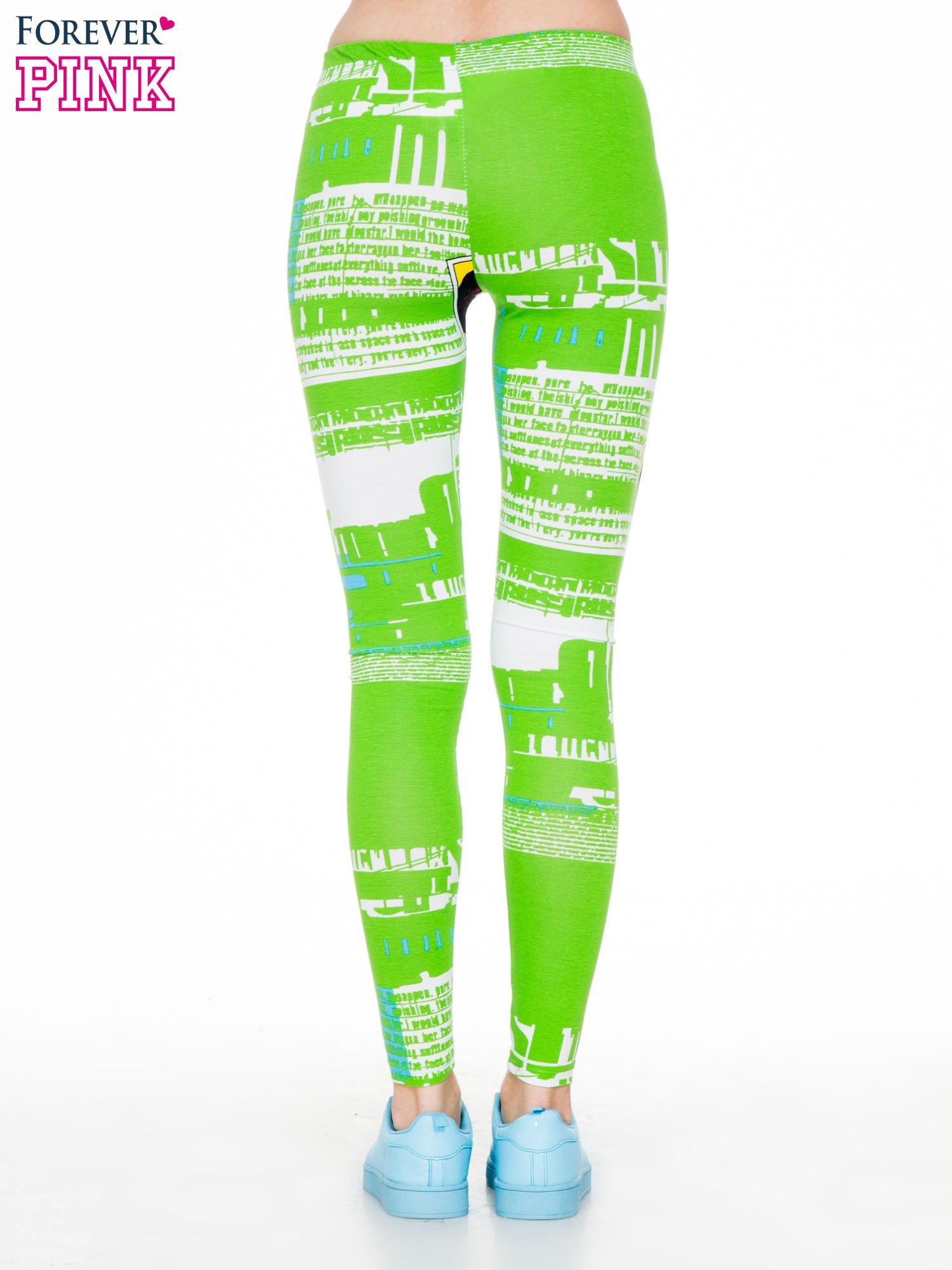 Zielone legginsy z nadrukiem komiksowym                                  zdj.                                  4