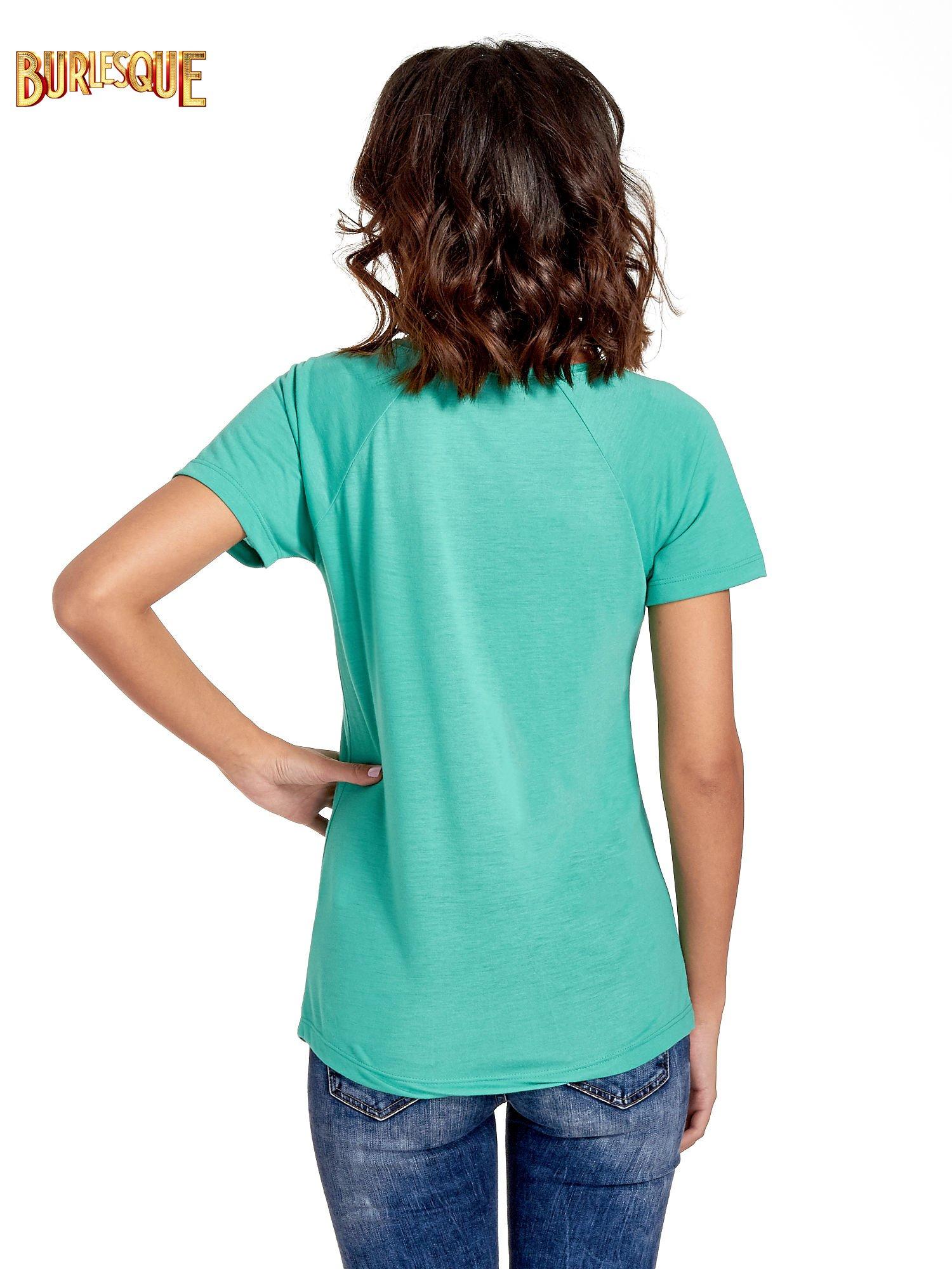 Zielony t-shirt z napisem WONDER WHAT?                                  zdj.                                  4