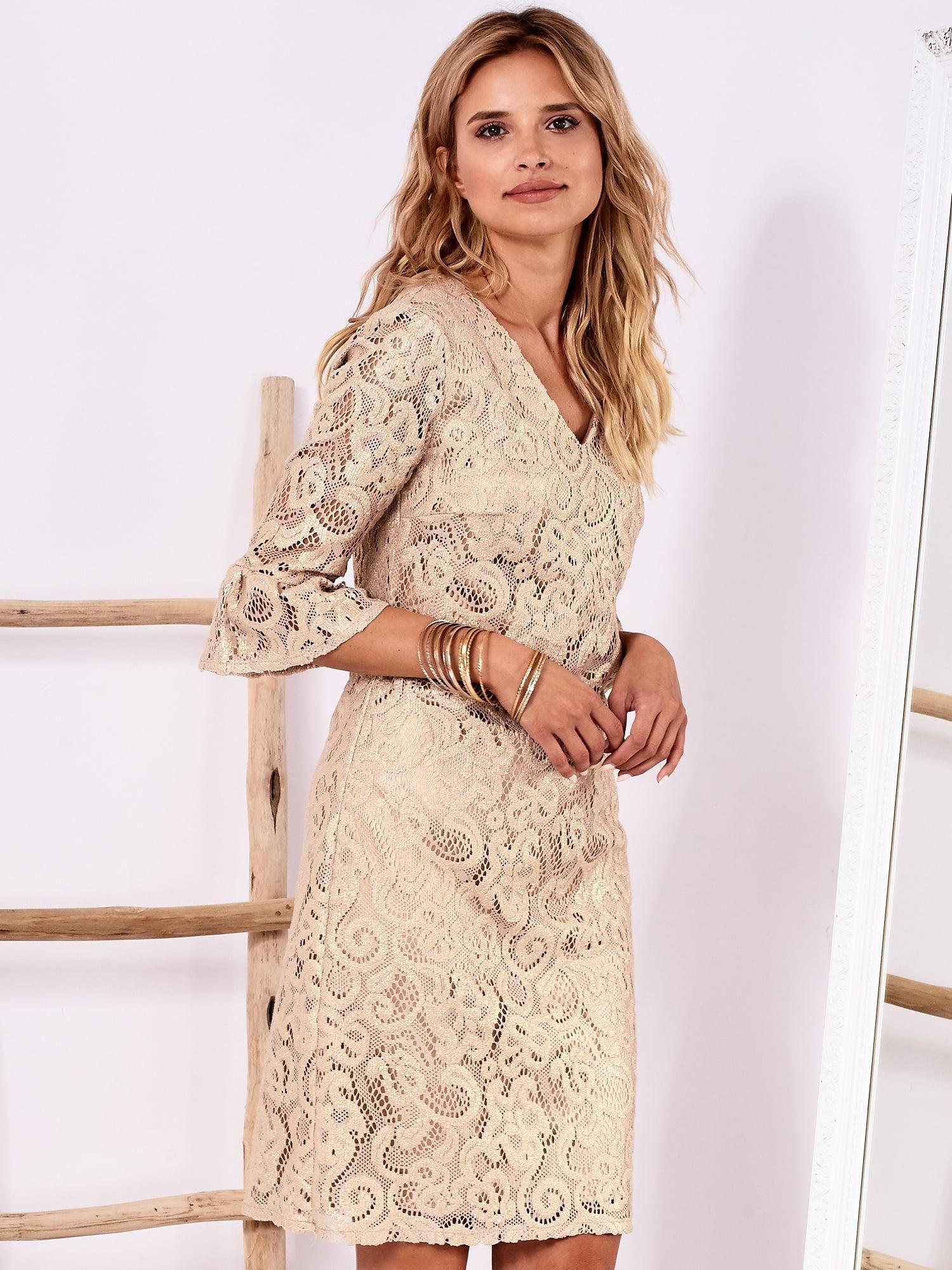 8369415b0a Złota koronkowa sukienka z szerokimi rękawami - Sukienka koktajlowa ...