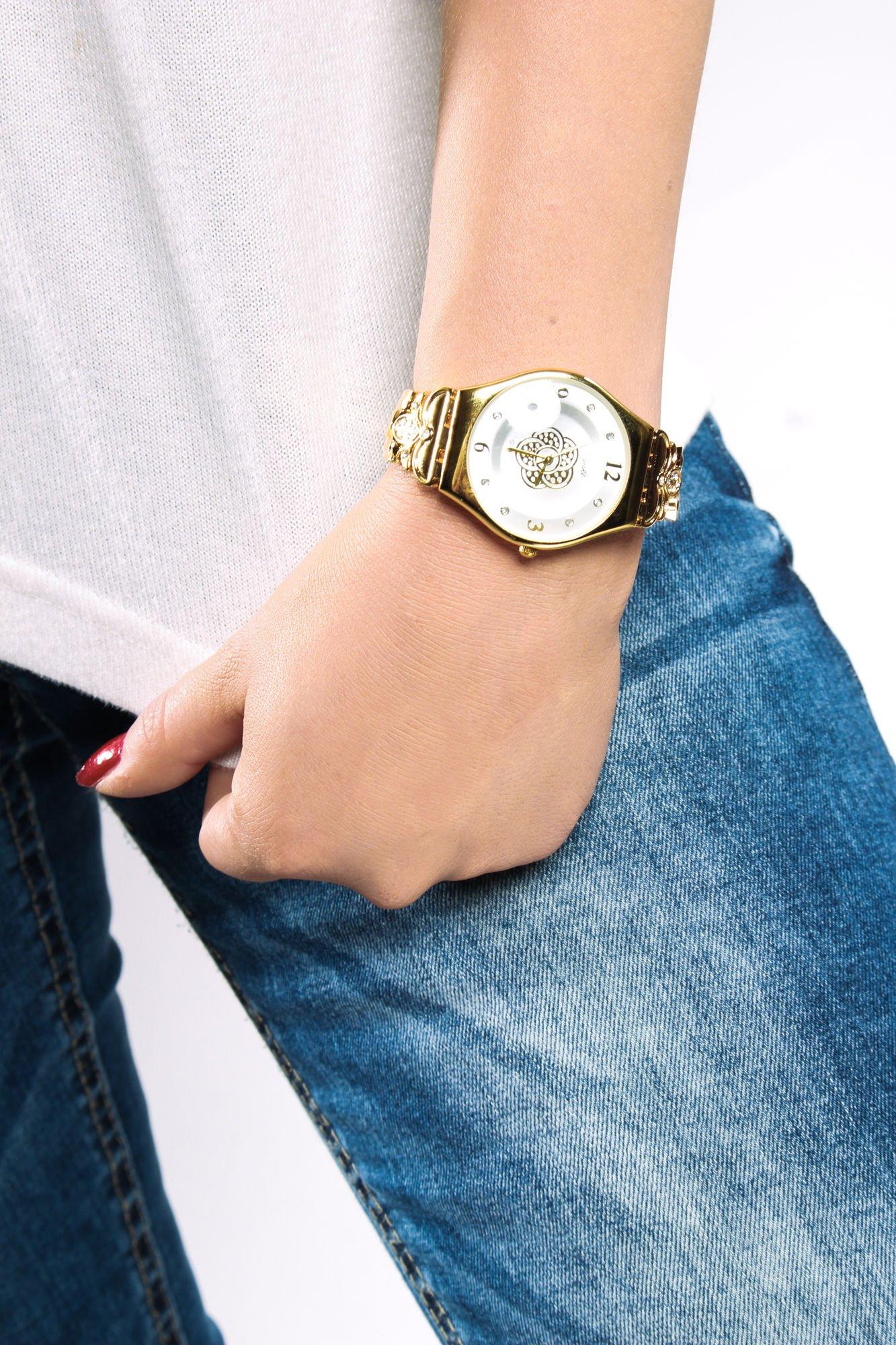 Złoty biżuteryjny zegarek damski z białą tarczą                                  zdj.                                  3