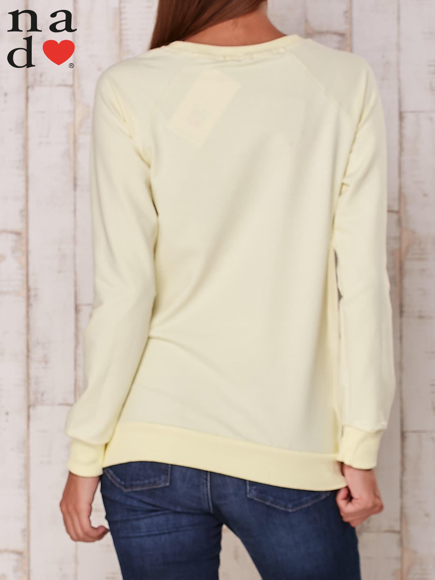 Żółta bluza z nadrukiem serca                                  zdj.                                  5