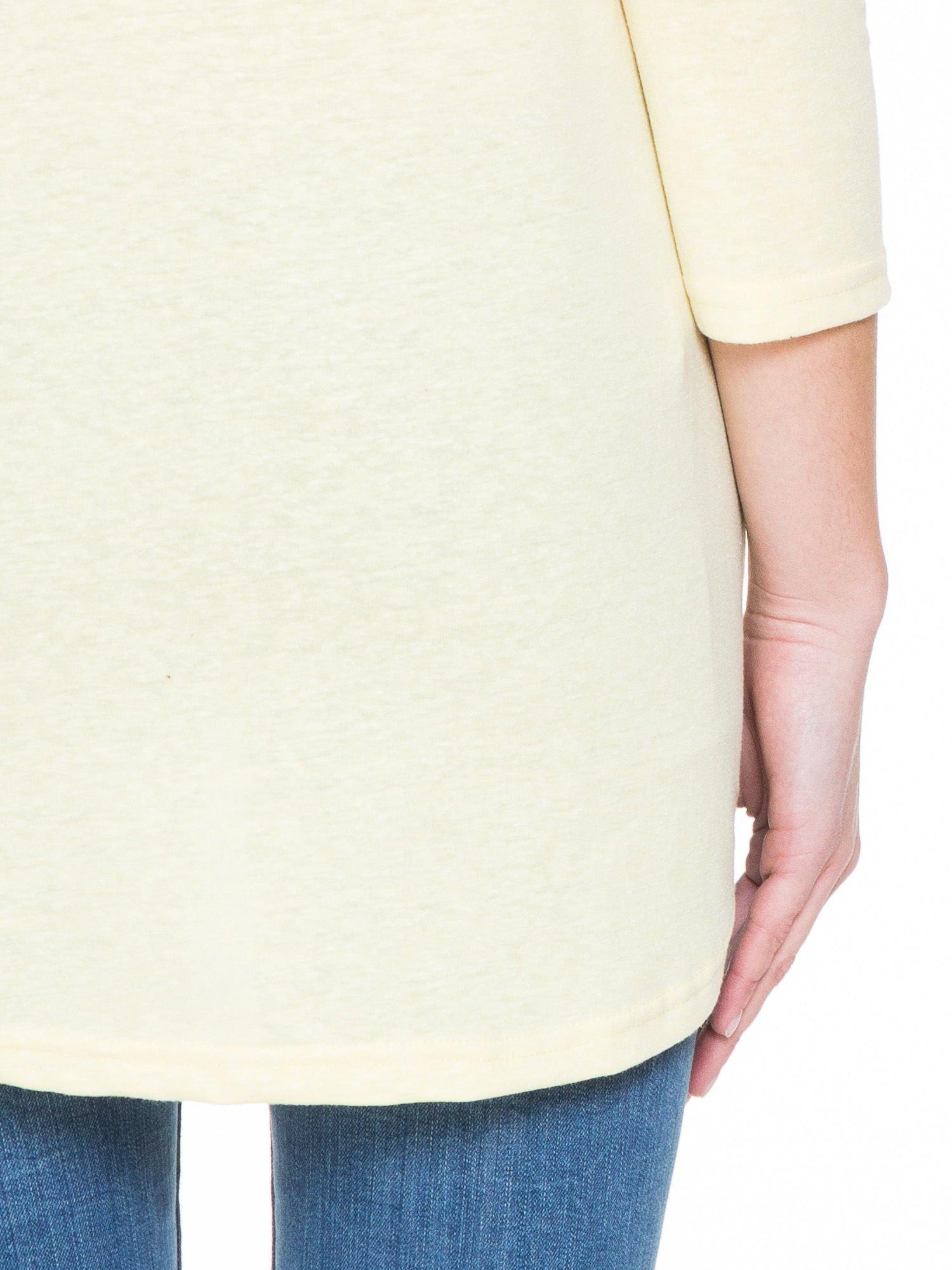 Żółta gładka bluzka z dłuższym tyłem                                  zdj.                                  8