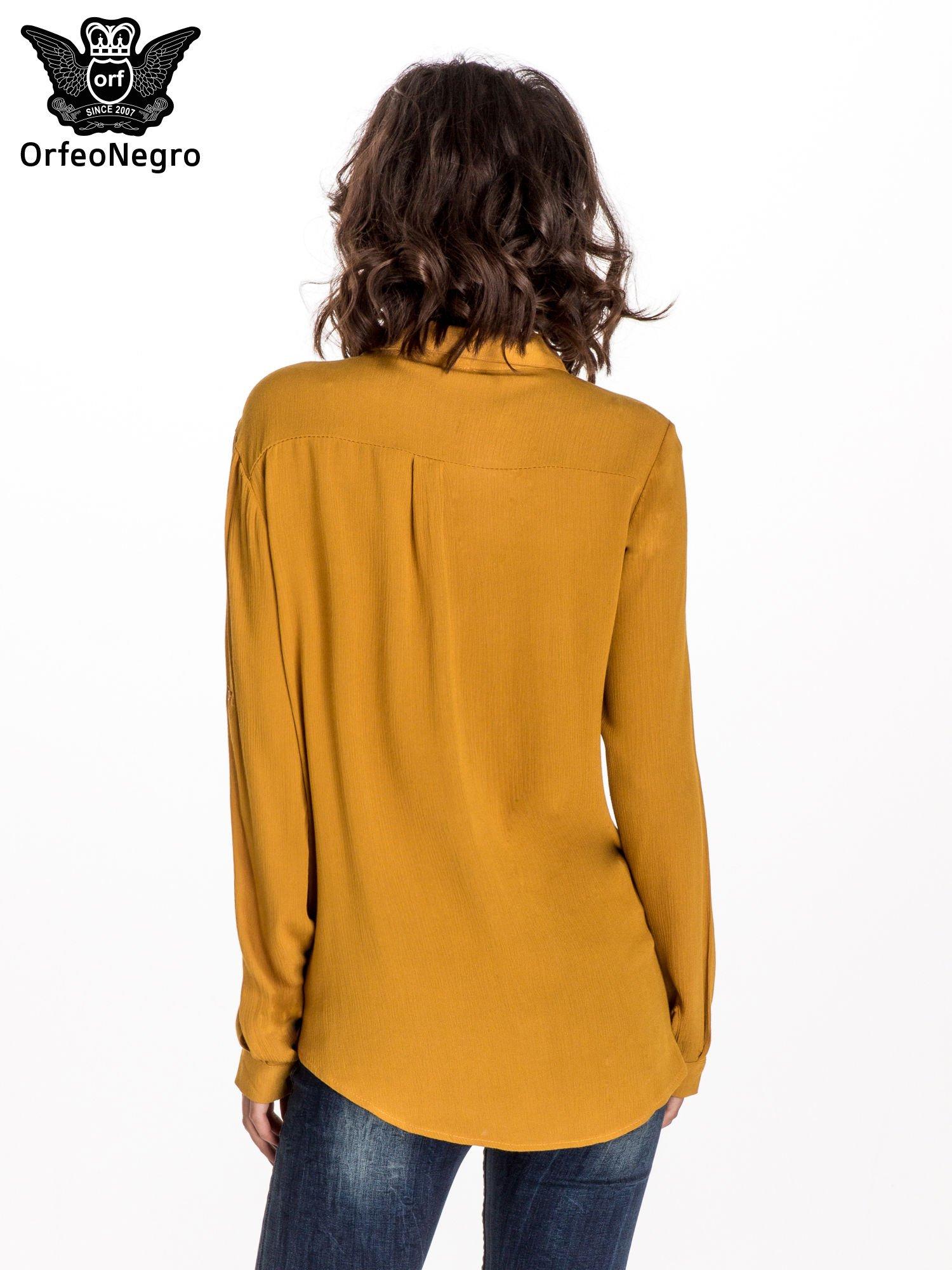 Żółta koszula z kołnierzykiem zdobionym kamieniami                                  zdj.                                  3