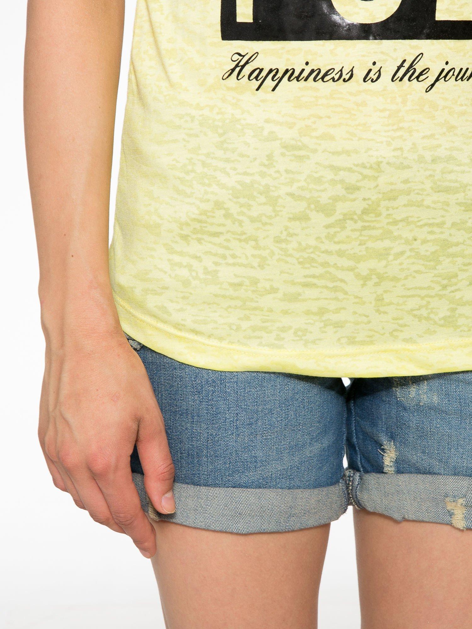 Żółty t-shirt z nadrukiem BEAUTIFUL                                  zdj.                                  6