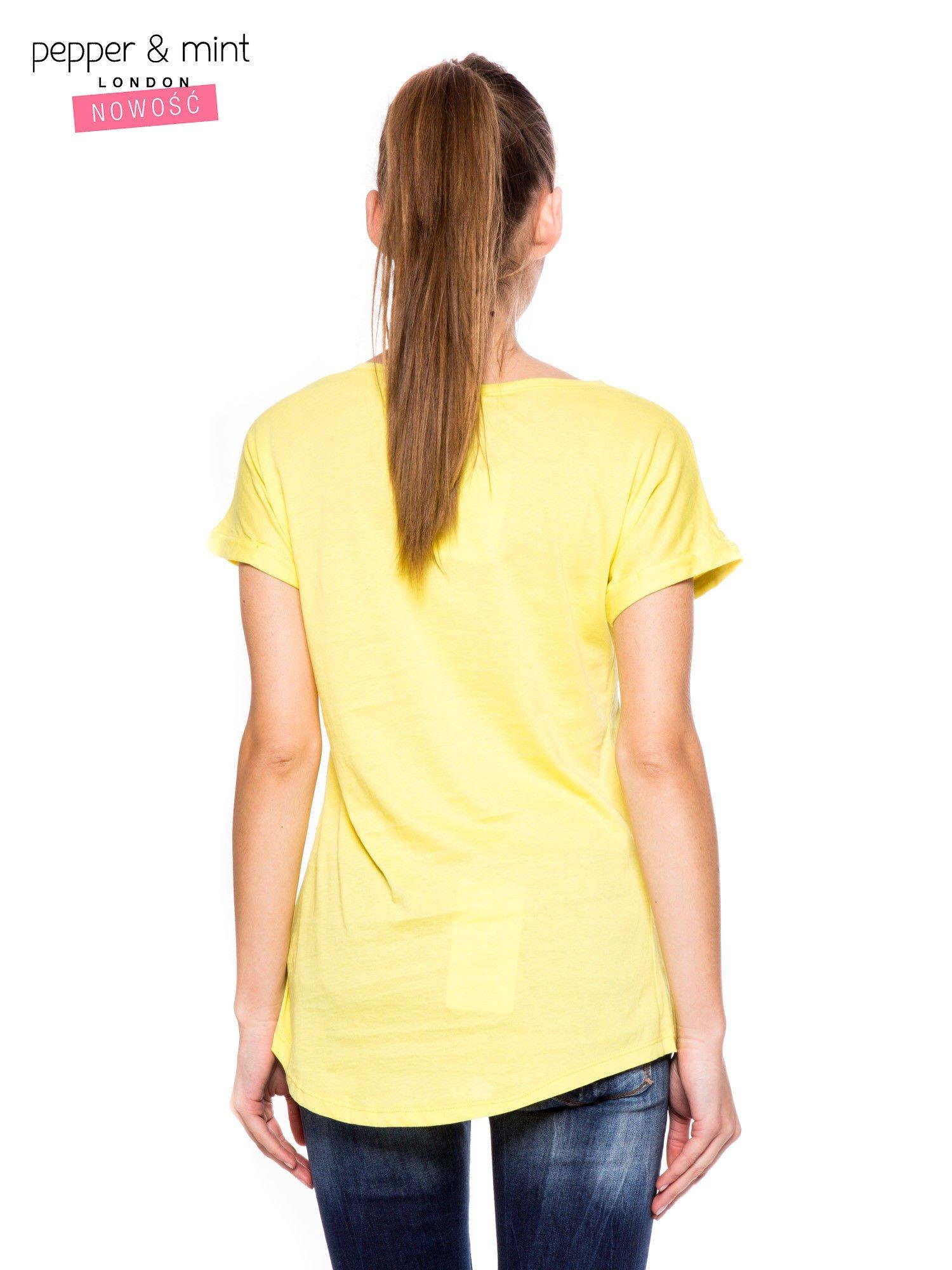 Żółty t-shirt z nadrukiem psa w nerdach                                  zdj.                                  3