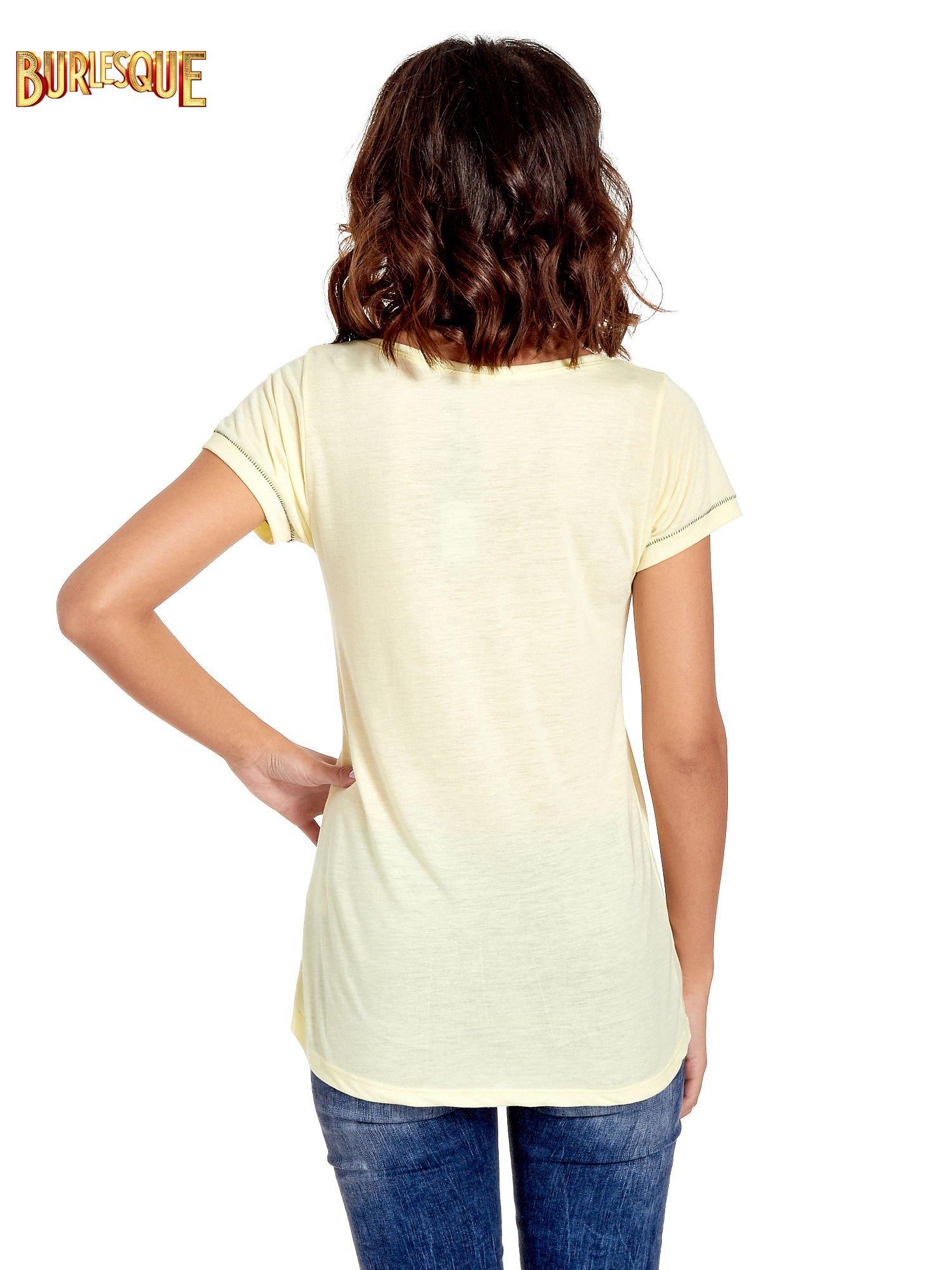 Żółty t-shirt z napisem EVERY WOMAN IS A REBEL                                  zdj.                                  4