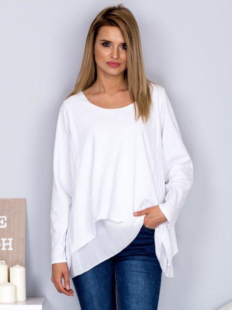 Asymetryczna luźna bluzka w łódkę biała                              zdj.                              1