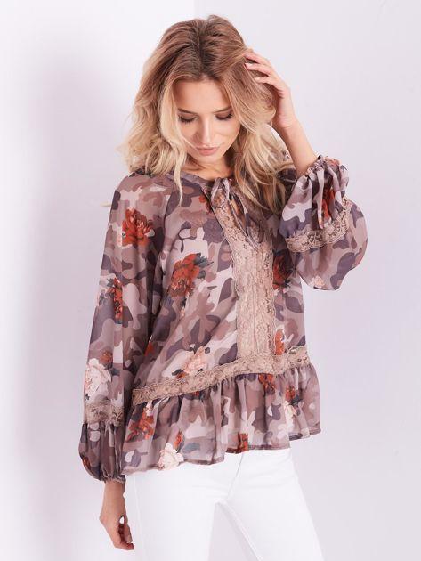 BY O LA LA Beżowa bluzka mgiełka ze wzorem i koronką                              zdj.                              3
