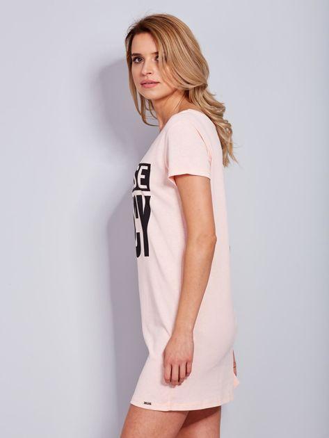 Bawełniana brzoskwiniowa sukienka z nadrukiem                                  zdj.                                  5