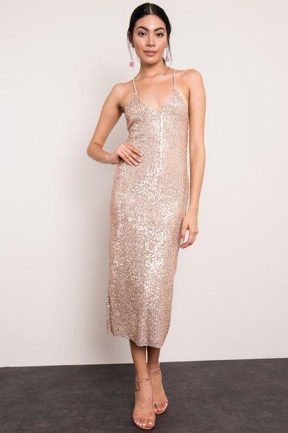 Beżowa błyszcząca sukienka BSL