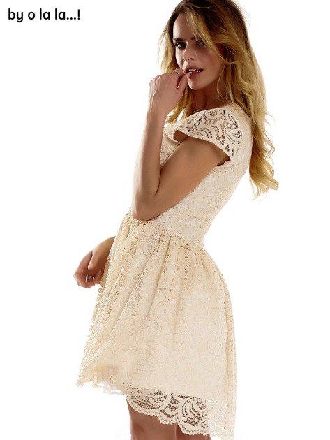 Beżowa koronkowa sukienka z siateczkową wstawką BY O LA LA                              zdj.                              7