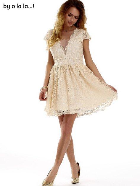 Beżowa koronkowa sukienka z siateczkową wstawką BY O LA LA                              zdj.                              8