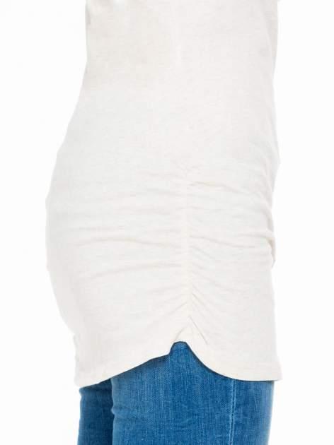 Beżowa melanżowa bluzka tunika z marszczonym dołem                                  zdj.                                  6