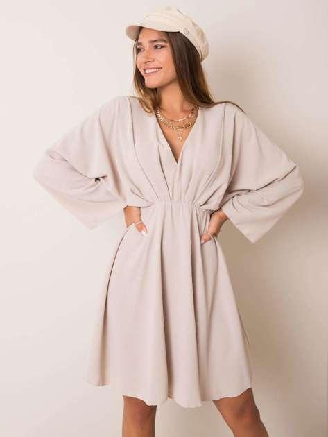 Beżowa sukienka Zayna