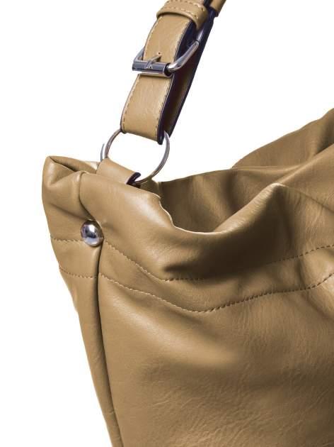 Beżowa torba hobo na ramię                                  zdj.                                  3