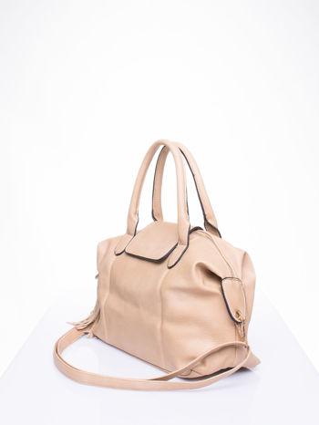 Beżowa torba z klapką i odpinanym paskiem                                  zdj.                                  2