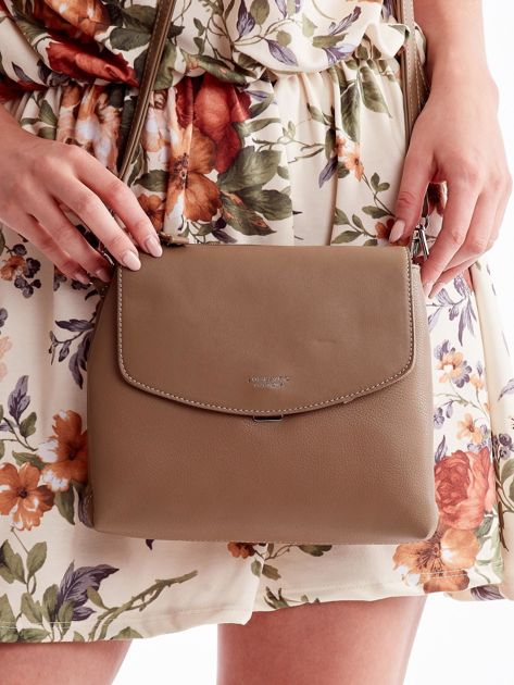 Beżowa torebka damska z klapką                              zdj.                              2