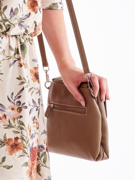 Beżowa torebka damska z klapką                              zdj.                              3