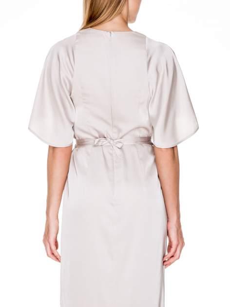 Beżowa zwiewna sukienka maxi z satyny                                  zdj.                                  7