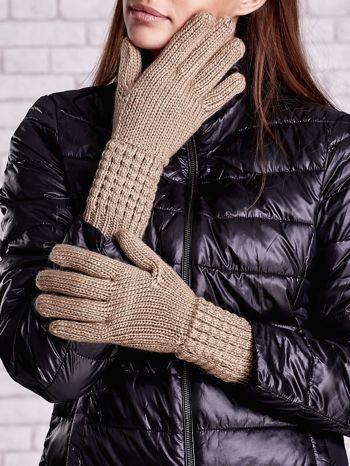 Beżowe długie rękawiczki z fantazyjnym ściągaczem