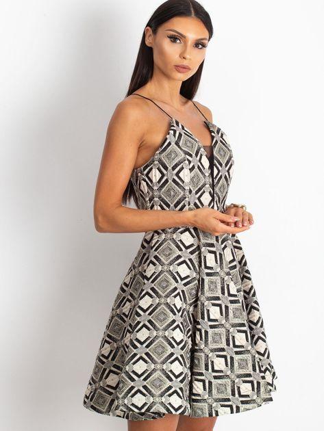 Beżowo-czarna sukienka Play                              zdj.                              3