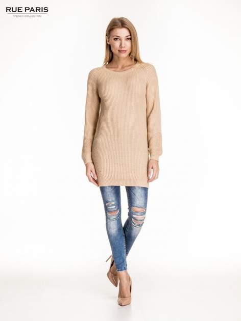Beżowy długi sweter z suwakiem z tyłu                                  zdj.                                  2