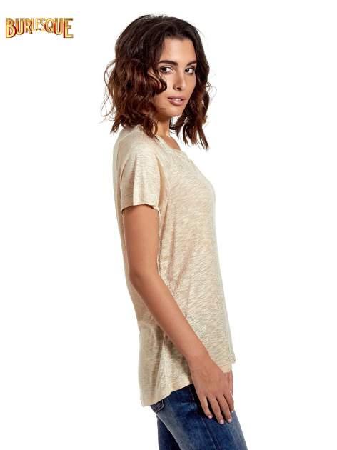 Beżowy t-shirt w złote plamki                                  zdj.                                  3