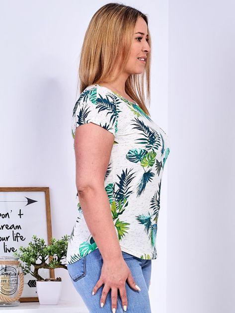 Beżowy t-shirt z egzotycznym roślinnym motywem PLUS SIZE                              zdj.                              3