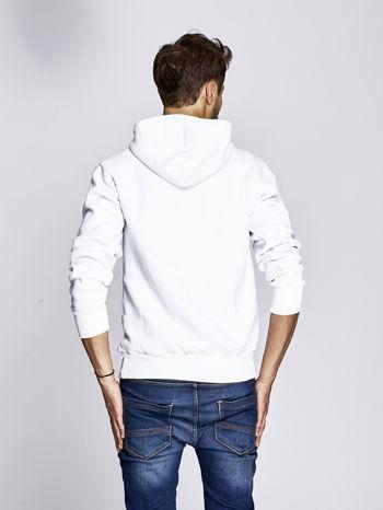 Biała bluza męska z raperskim nadrukiem                                   zdj.                                  2