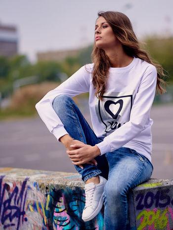 Biała bluza z błyszczącym nadrukiem                                  zdj.                                  6