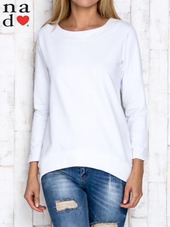 Biała bluza z dekoltem w łódkę