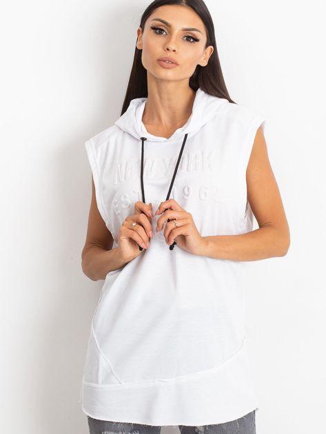 Biała bluza z nadrukiem z tyłu                              zdj.                              1