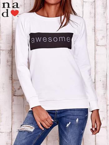 Biała bluza z napisem AWESOME                                  zdj.                                  1