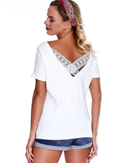 Biała bluzka damska z koronką                              zdj.                              2