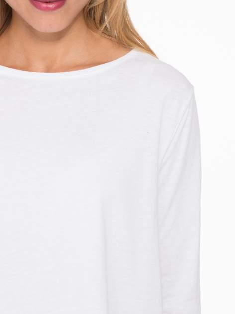 Biała bluzka o rozkloszowanym kroju z rękawem 3/4                                  zdj.                                  6