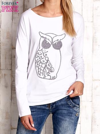 Biała bluzka z aplikacją w kształcie sowy                                  zdj.                                  1
