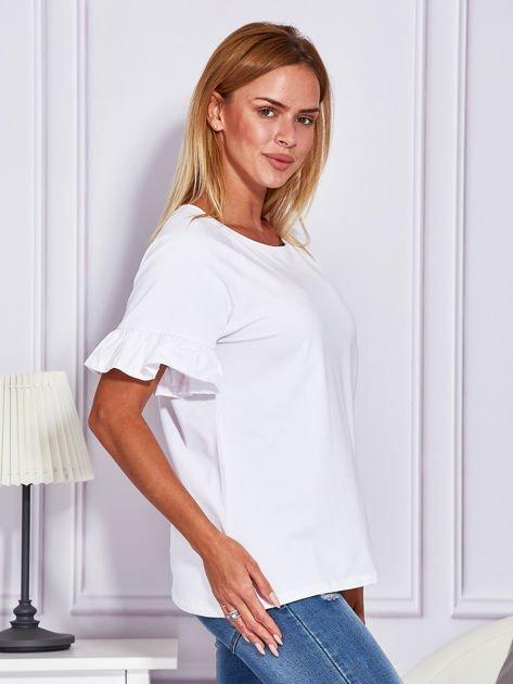 Biała bluzka z falbanami na rękawach                                  zdj.                                  3