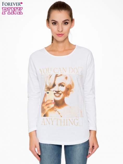 Biała bluzka z nadrukiem Marylin Monroe                                  zdj.                                  1