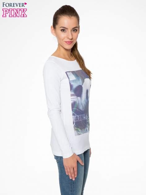 Biała bluzka z nadrukiem pandy                                  zdj.                                  3