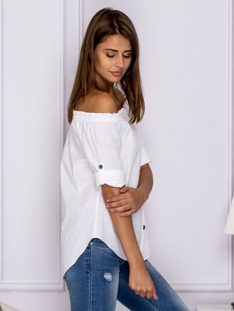 Biała bluzka z ozdobnymi guzikami                                  zdj.                                  3