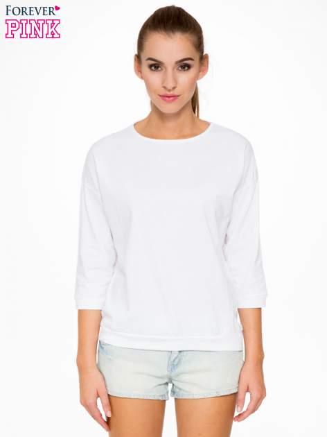 Biała bluzka z rękawem 3/4 i lekkim ściągaczem na dole                                  zdj.                                  1