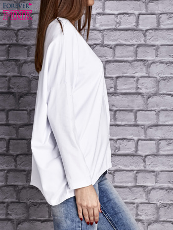 Biała bluzka z rękawem nietoperz                                  zdj.                                  3