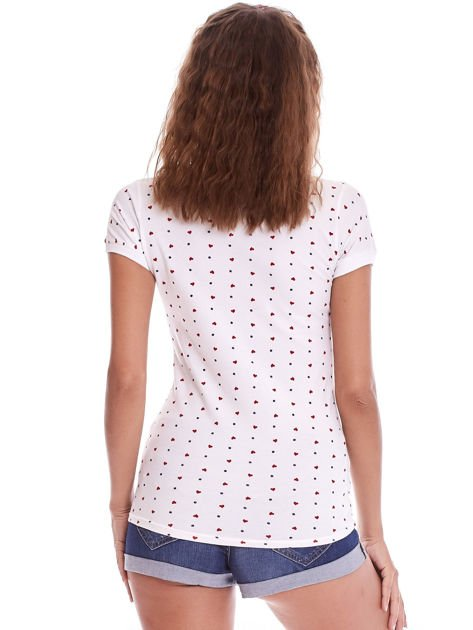 Biała damska koszulka polo w serduszka                              zdj.                              2