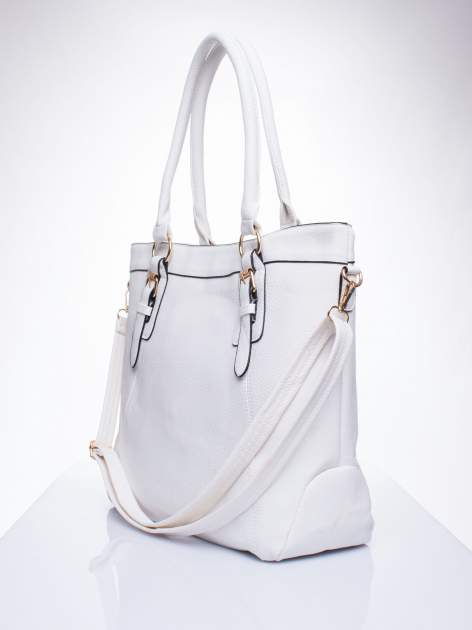 Biała fakturowana torebka z klamerkami                                  zdj.                                  2