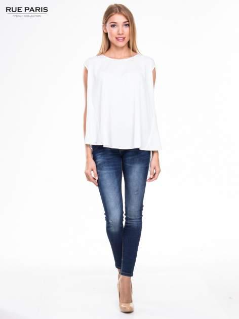 Biała koszula dzwonek z wydłużanym tyłem                                  zdj.                                  2